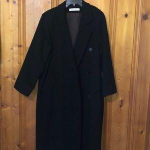 Portfolio Perry Ellis full length wool coat